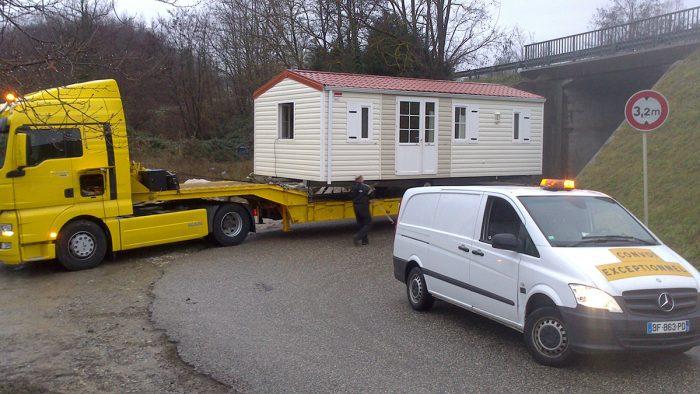 Grutage puis transport exceptionnel vers la Suisse